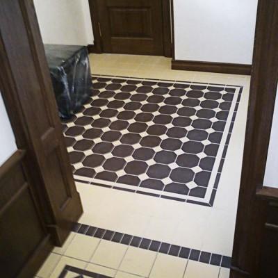 Выход из холла в коридор