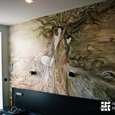 Ремонт квартиры на Дрезденской. Спальня. Роспись над кроватью - копия картины любимого японского художника хозяев квартиры