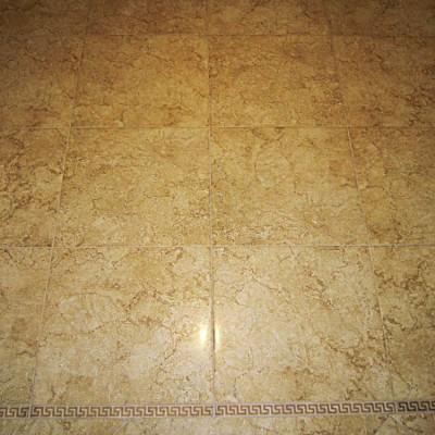 Пол в коридоре. Кафельная плитка, коллекция Versace