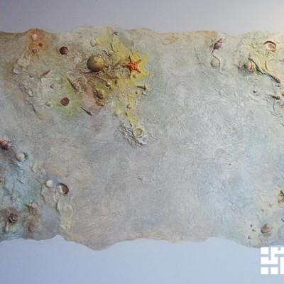 Ремонт квартиры на Орджоникидзе. Панно из декоративной штукатурки в гостиной. Морские раковины и звёзды - настоящие!