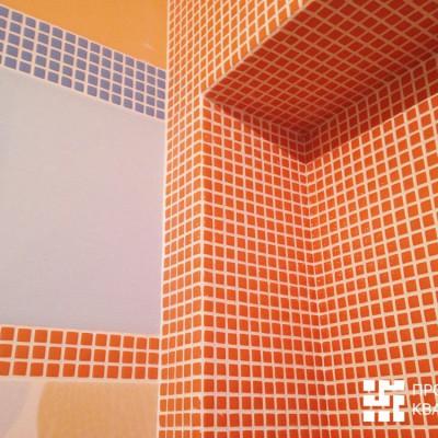 Ремонт квартиры на Орджоникидзе. Крупный план плитки в ванной