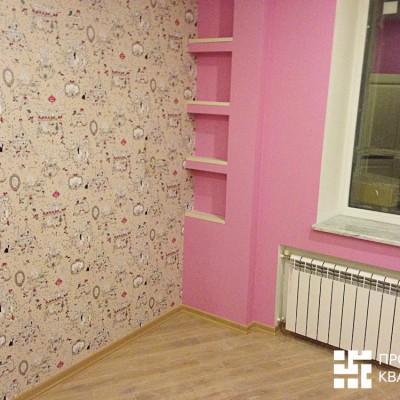 Ремонт квартиры на Орджоникидзе. Вторая детская, вид слева. Паркетный пол