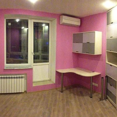 Ремонт квартиры на Орджоникидзе. Панорамный снимок второй детской. В центре выход на лоджию