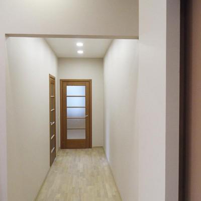 Ремонт квартиры на Жуковского. Коридор, вид от кабинета