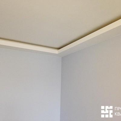 Ремонт на Белышева, гипрочная конструкция с закарнизной подсветкой в гостиной