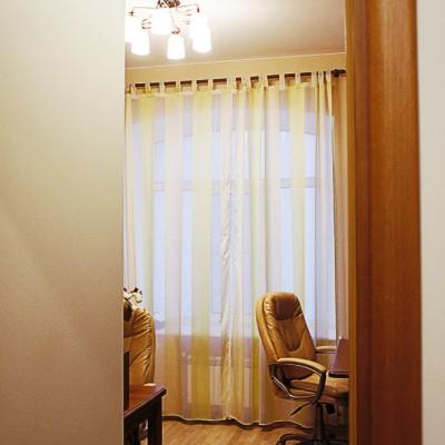 Ремонт квартиры на Жуковского. Вход в кабинет