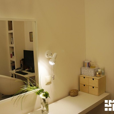 Ремонт квартиры на Жуковского. Туалетный столик в гостевой