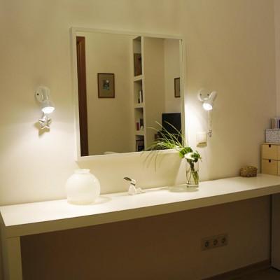 Ремонт квартиры на Жуковского. Розетки и светильники для туалетного столика