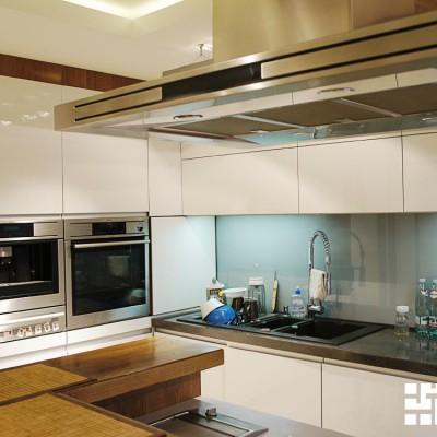 Кухня, вид от окна