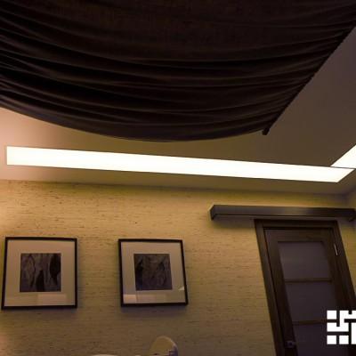Спальня, вид от окна. Потолок из ГКЛ со встроенным светом